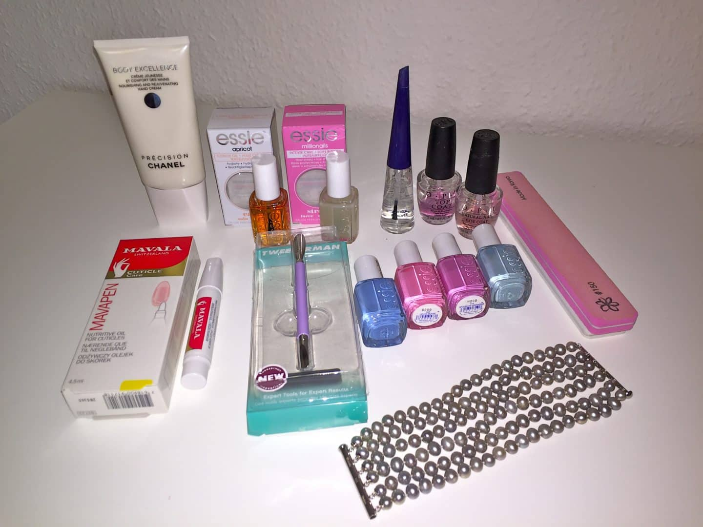 Nail- and hand care products review