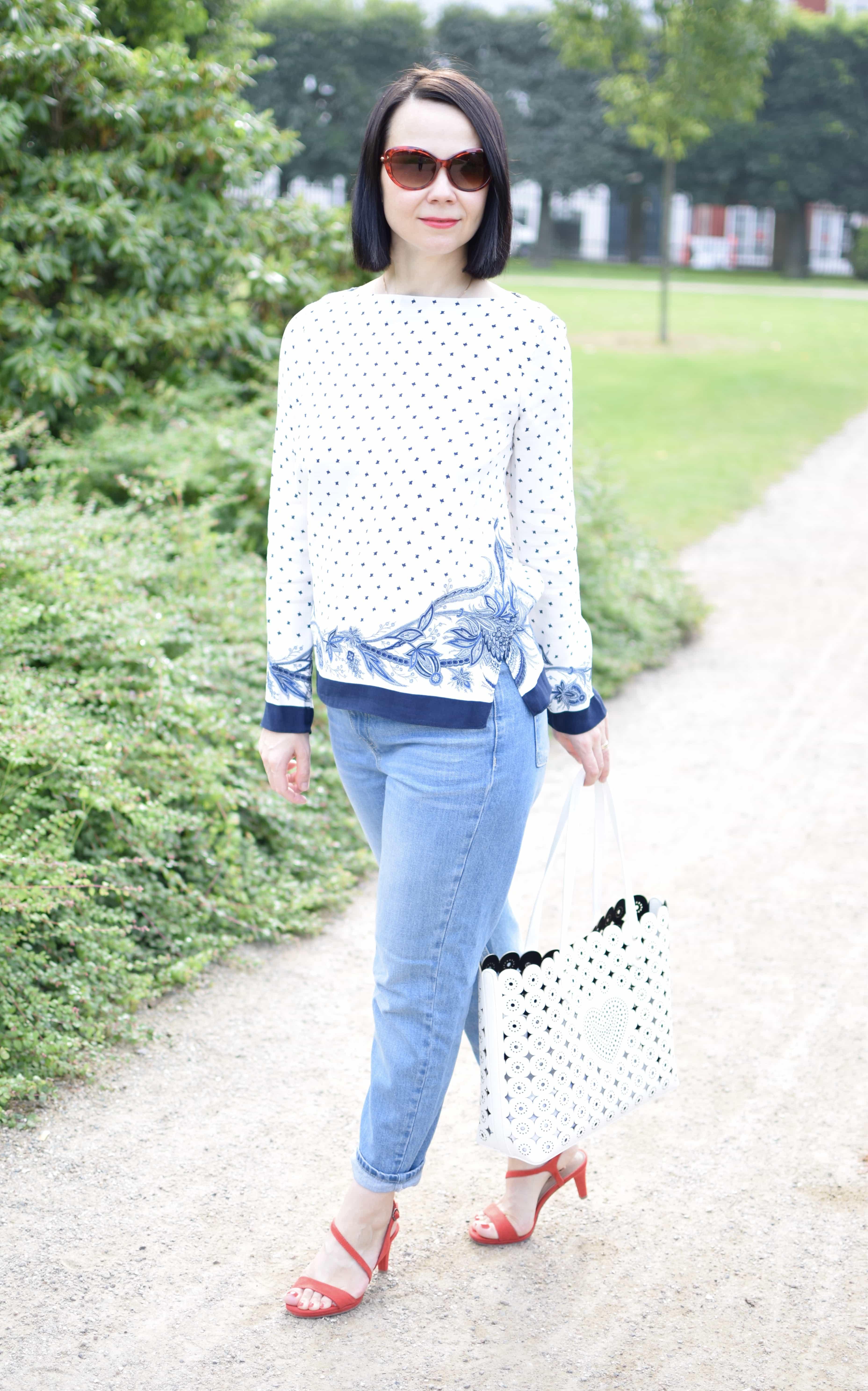 White Blue Pattern